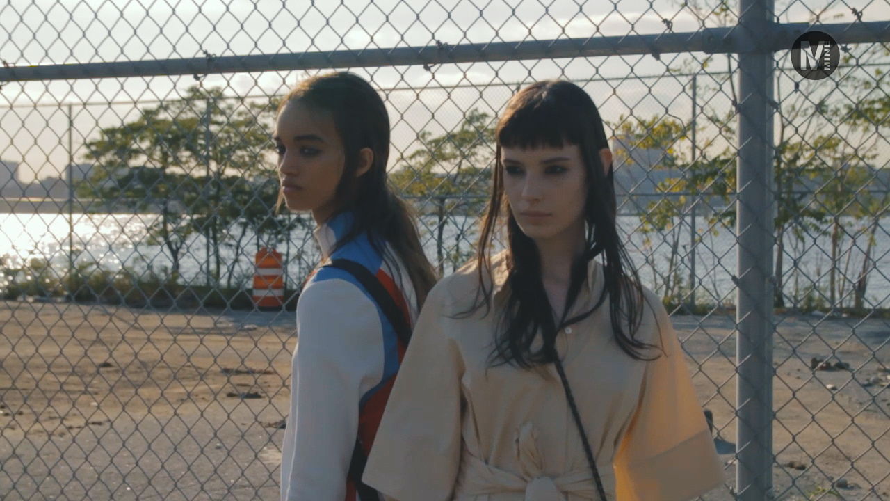 【New York Fashion Week】Hudson River Parkで行われたCOACHのファッションショー前をパパラッチ Part2