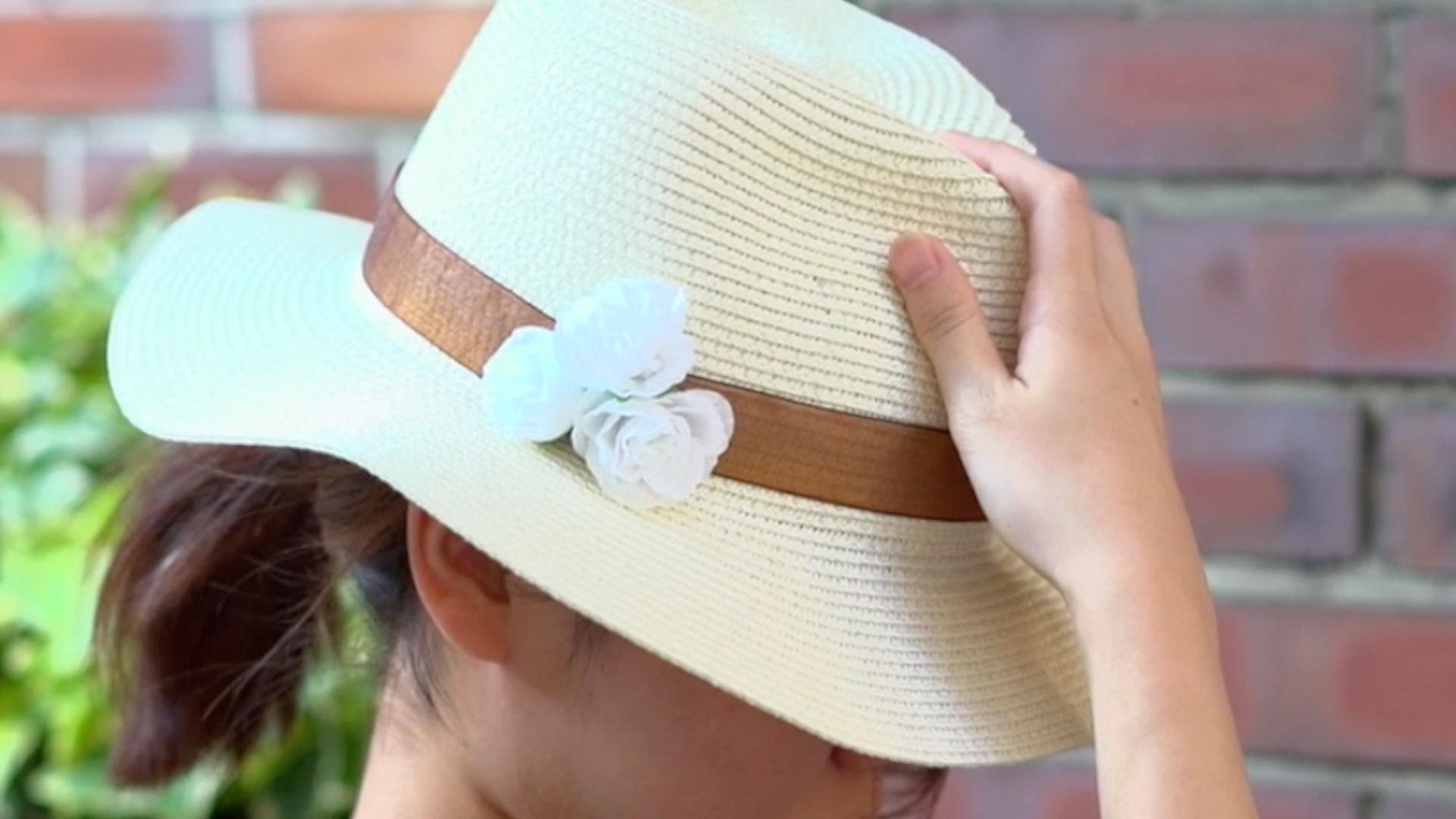 【DIY】シンプルな麦わら帽子をおしゃれにデコ
