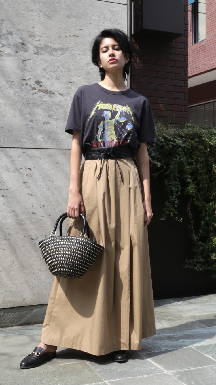 どう着こなす?トレンドのロックTシャツを今年らしくスタイル提案