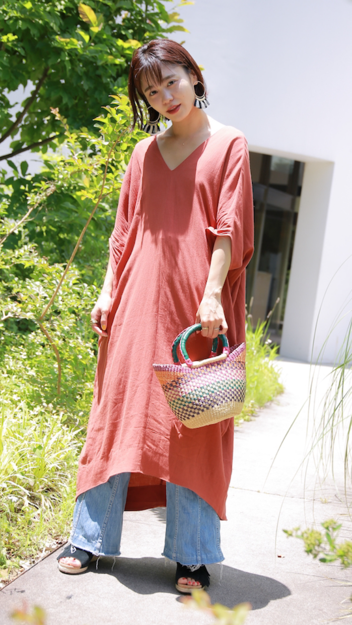 鮮やかカラーワンピースのリゾートスタイル/忍舞さんの7days coordinate #Day1