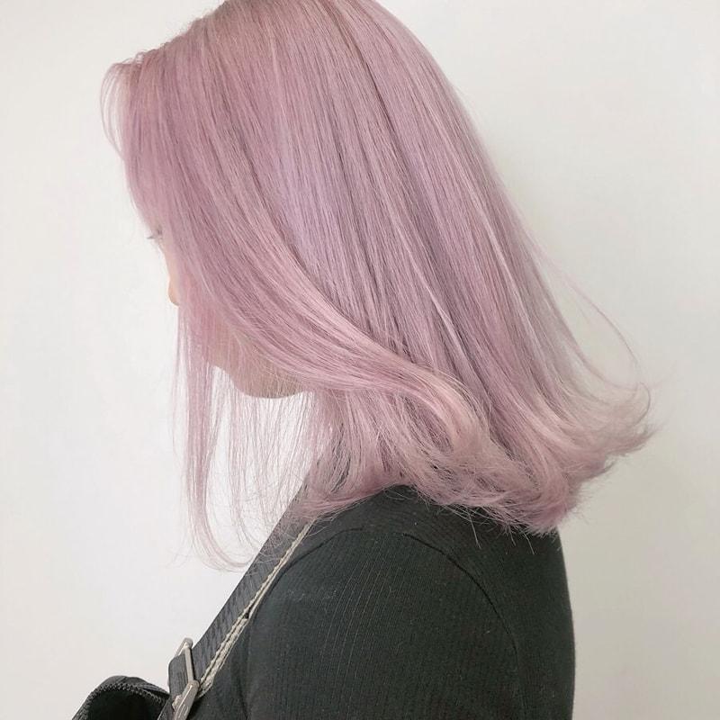 ピンクアッシュヘア の魅力を徹底解説 フェミニン アンニュイで