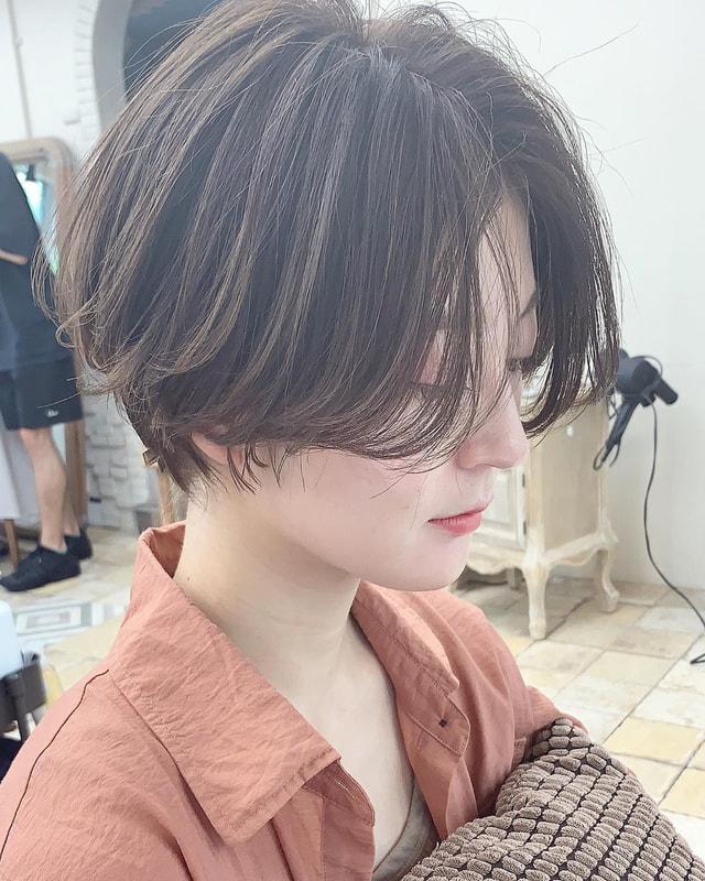 やり方 センター 分け 【超簡単コテ巻き】センターパートの前髪をきれいに流す方法