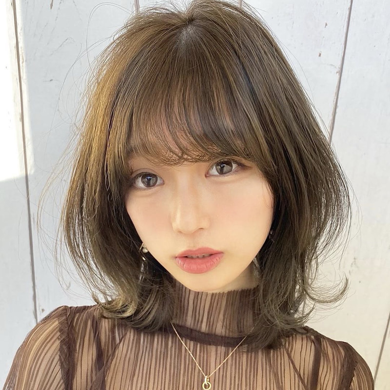 流行り の 髪型