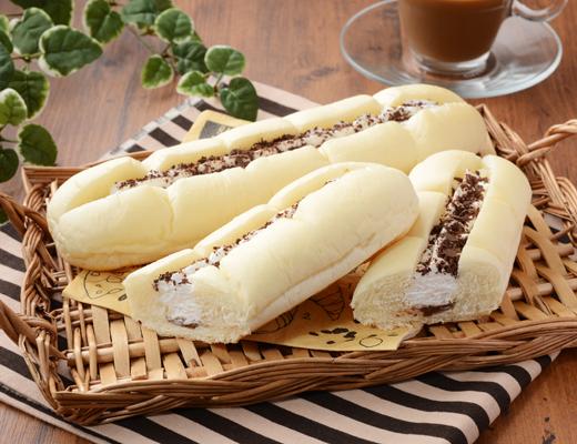 白いふわふわパン ホイップ&チョコクリーム