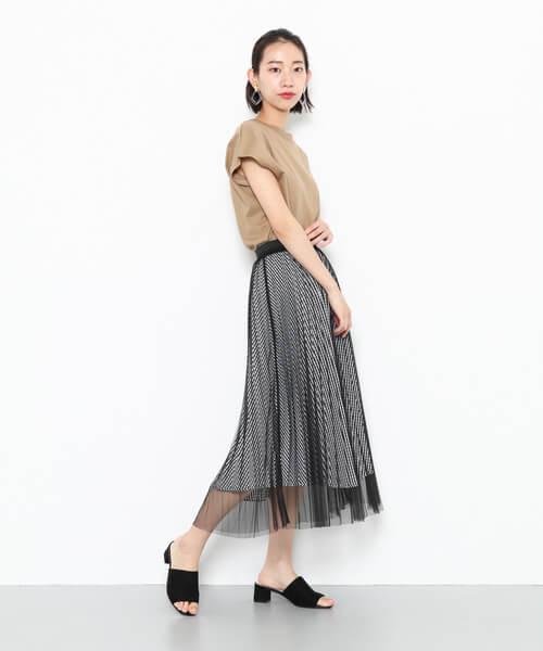 チェック柄×シースルースカートのコーデ画像