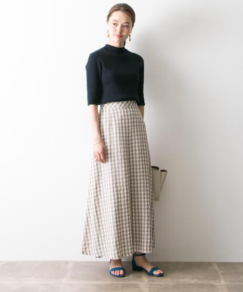 リブニット×チェック柄マーメイドスカートのコーデ画像