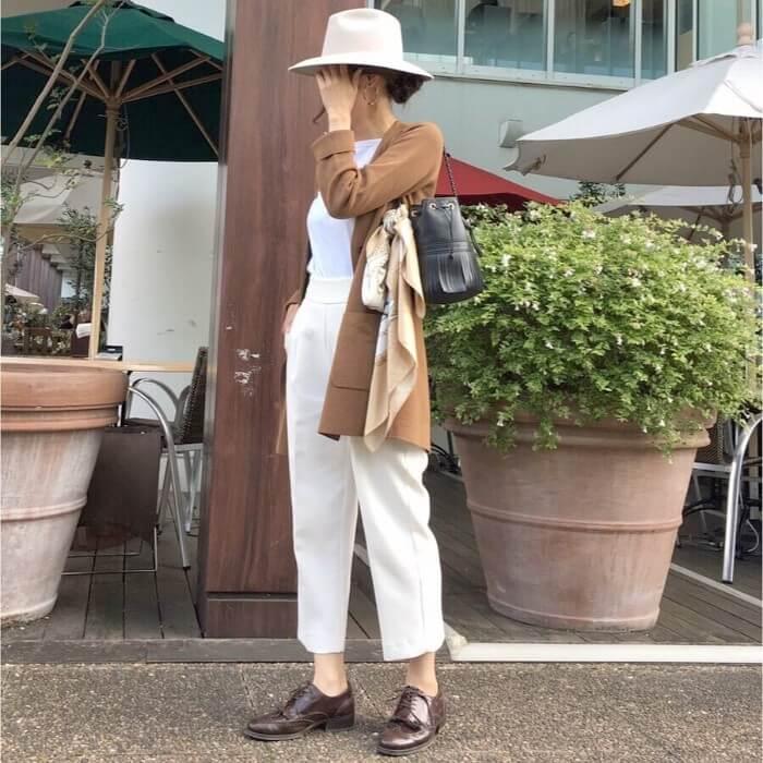 ジャケットx茶色オックスフォードシューズのコーデ画像