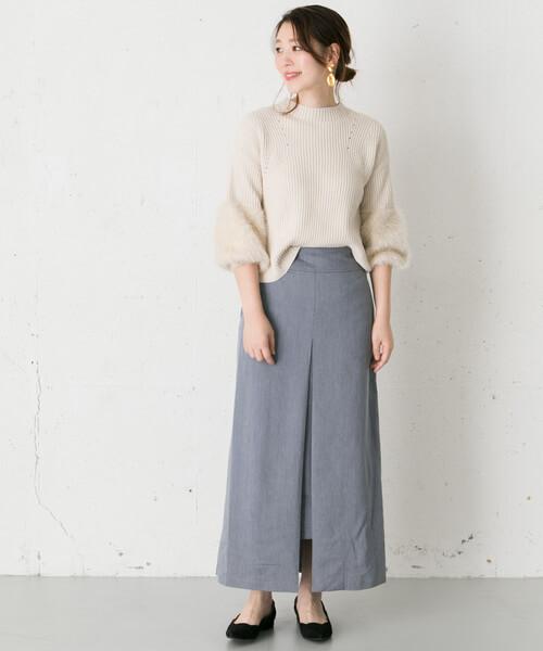 ニット×グレーボックススカートのコーデ画像