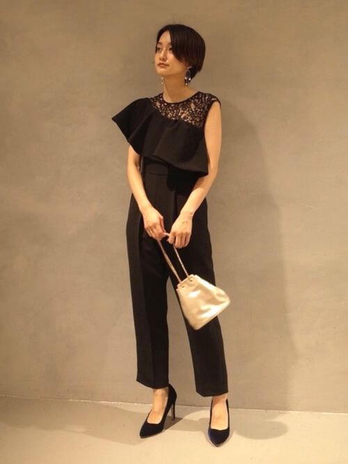 ワンショルダーパンツドレス〈黒〉のコーデ画像