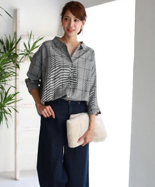 グレンチェックシャツ×ワイドデニムパンツのコーデ画像