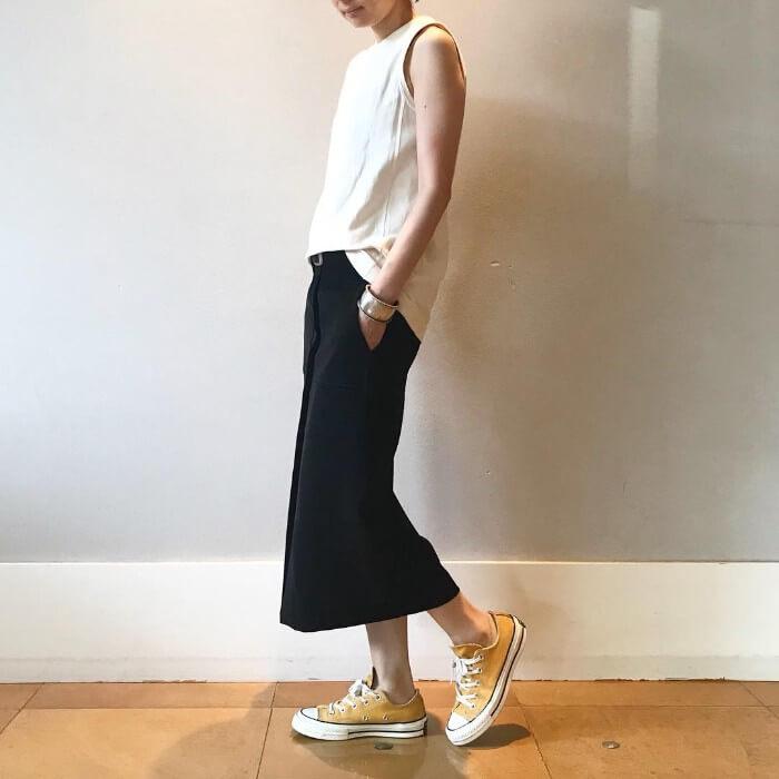 夏服コーデの定番スタイルの画像