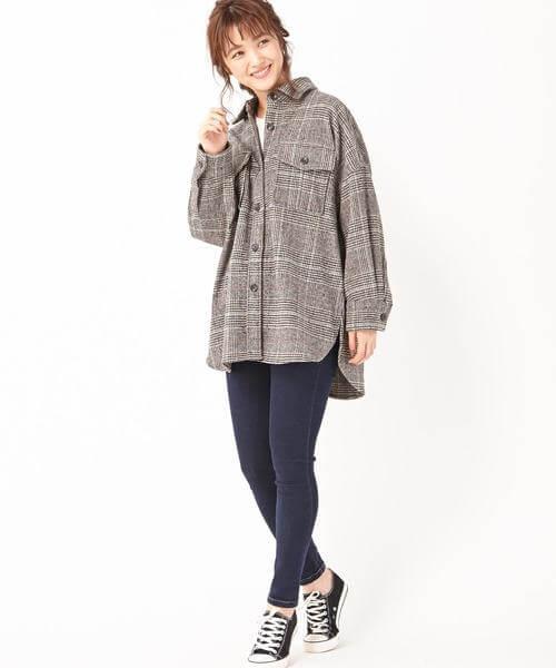 グレンチェックシャツ×スキニーデニムパンツのコーデ画像