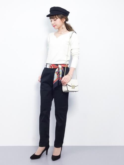「パリジェンヌ ファッション」ワードローブのテーパードパンツの画像