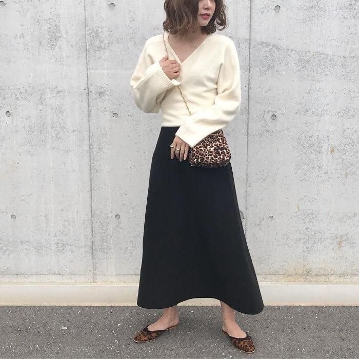 春スカートとセーターと合わせた画像