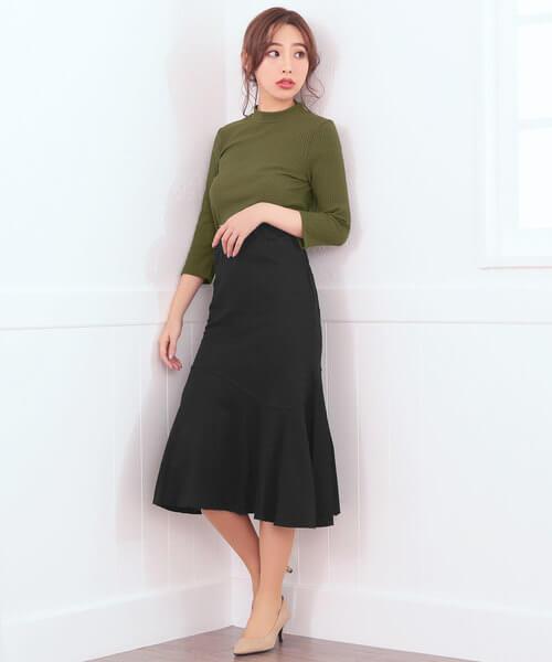 フレアマーメイドスカートのコーデ画像