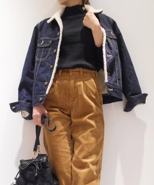 ボアデニムジャケットコーデのポイントの参考画像