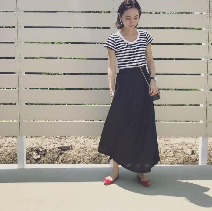 ボーダーT×ロングスカートのコーデ画像