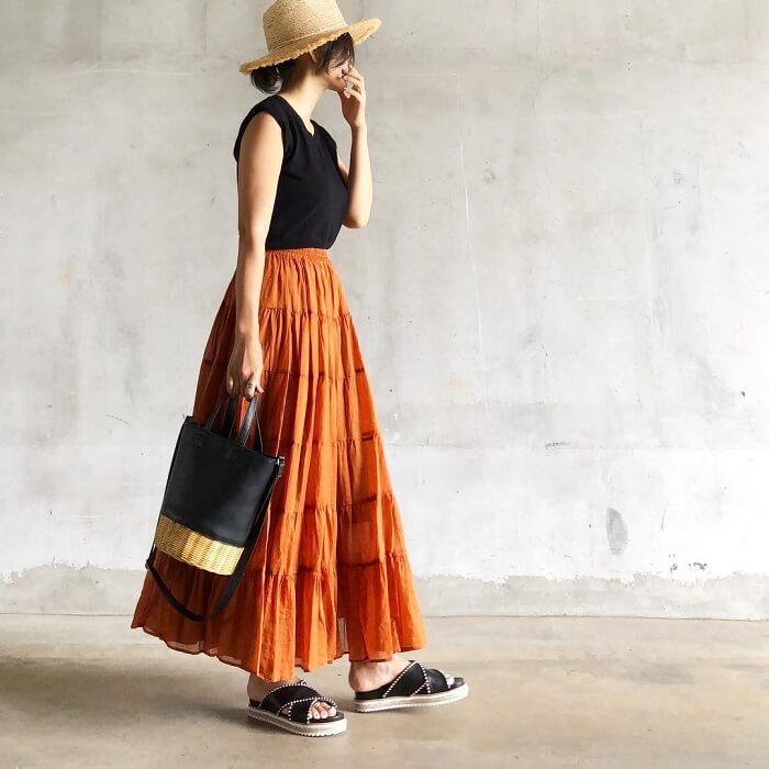 マキシ丈スカートのコーデ写真