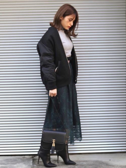 繊細レーススカート×スタジャンのコーデ画像