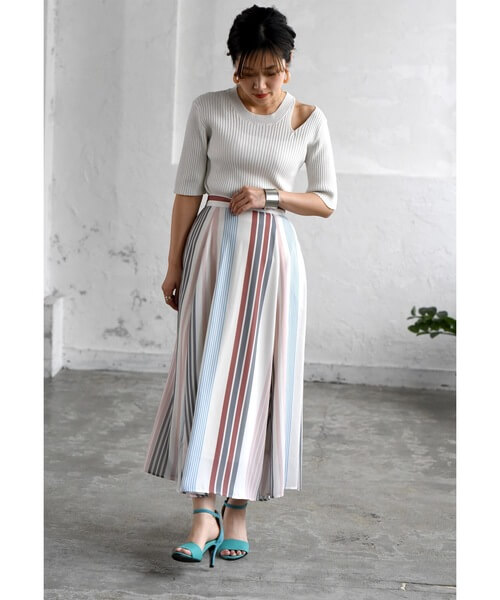 マルチストライプスカートのコーデ画像