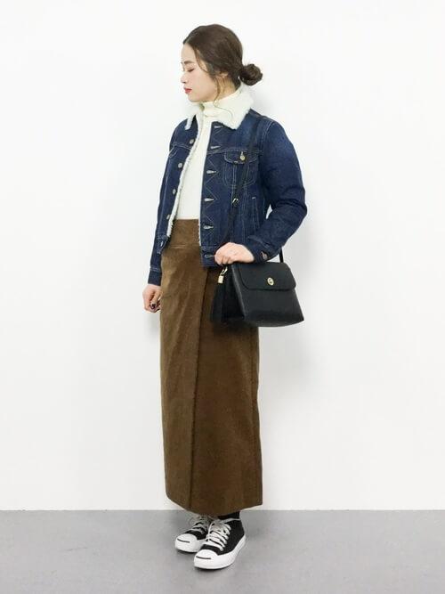 ロング丈ラップタイトスカートのコーデ画像