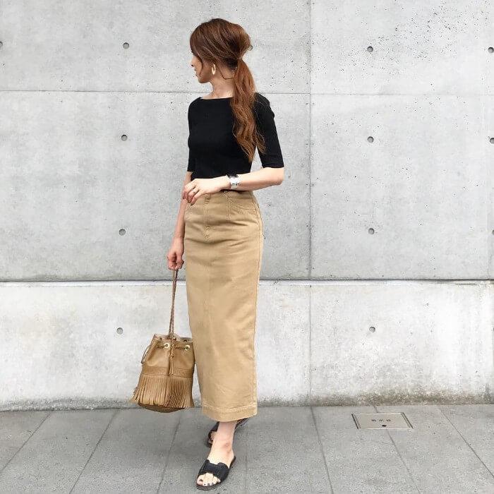 チノタイトスカートのコーデ画像