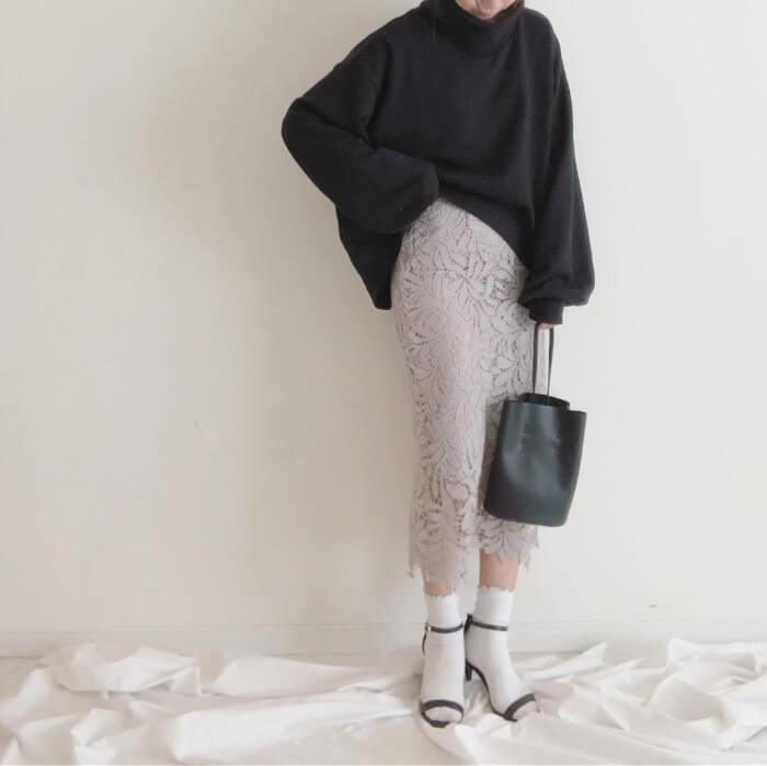 モードミックス×白靴下のコーデ画像