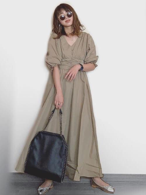 「パリジェンヌ ファッション」ワードローブのバレエシューズの画像