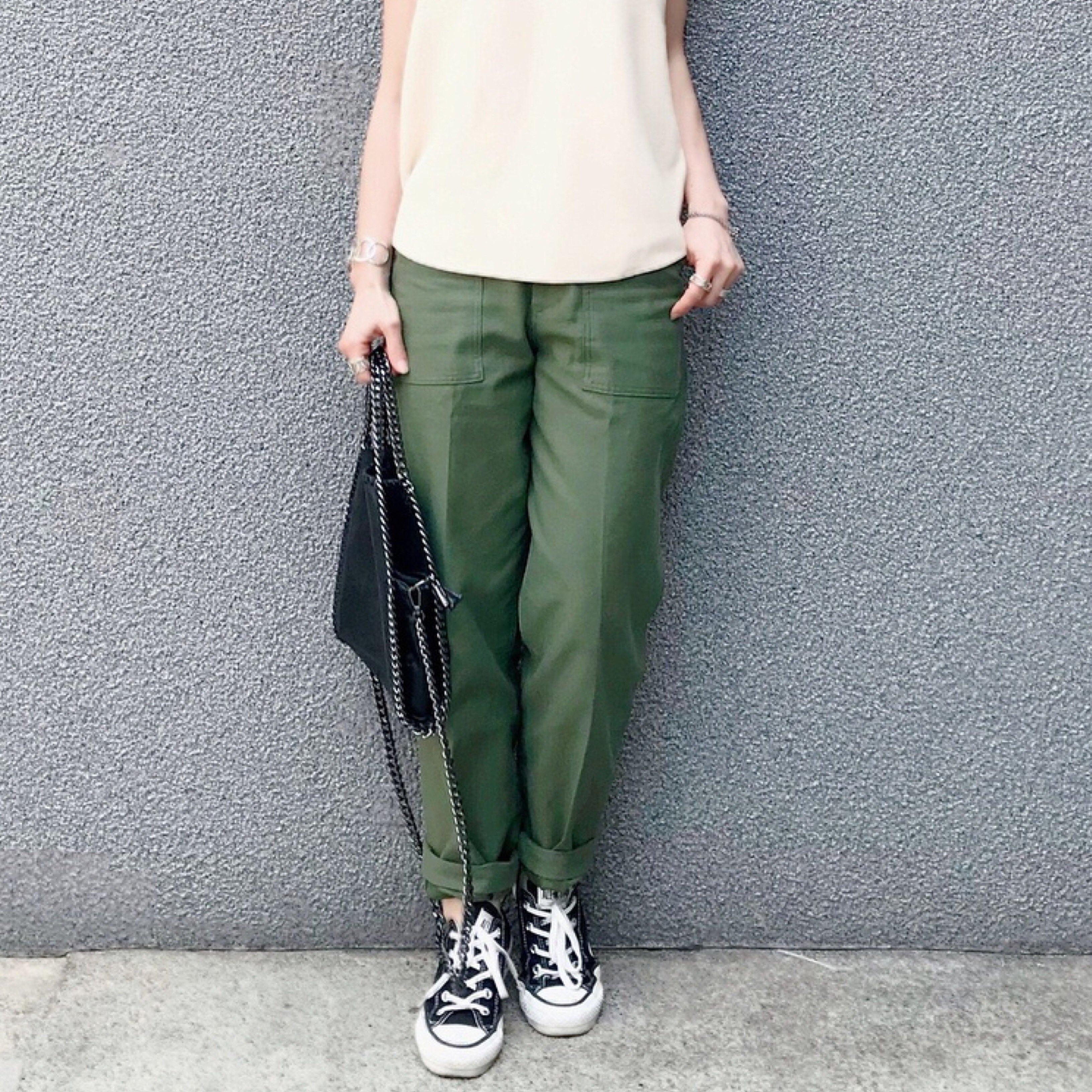 【MINESスナップ】ベイカーパンツを夏アイテムと涼やか&大人に着こなす