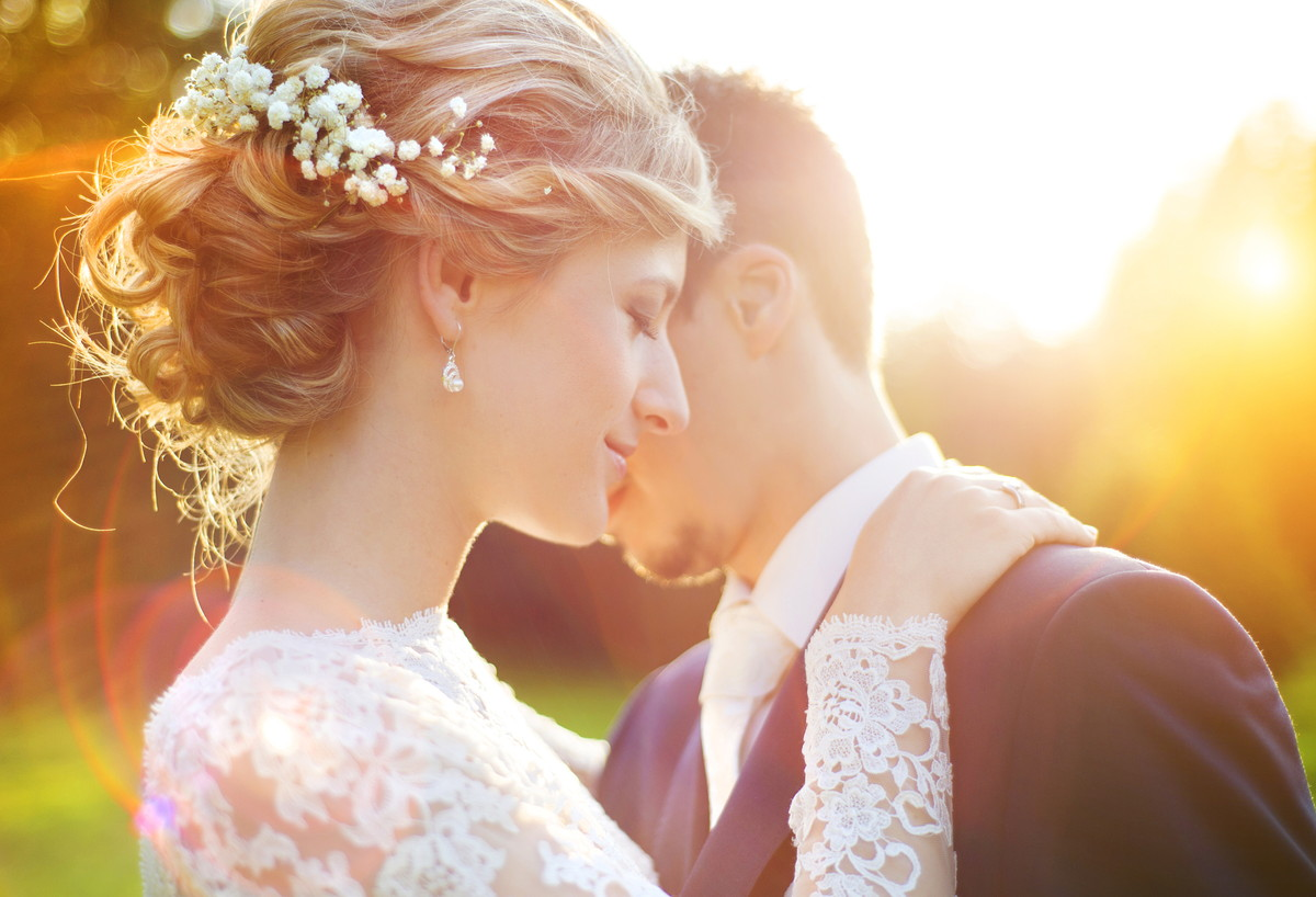 再婚で結婚式はしない…?結婚式を挙げるメリットとおすすめの結婚式スタイルを紹介