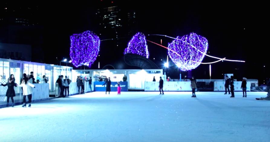 【都内最大級】アイススケートリンクが今年も東京ミッドタウンに登場
