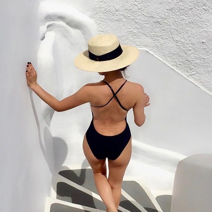 バカンスで何着る? これぞ旅を素敵にするビーチスタイル