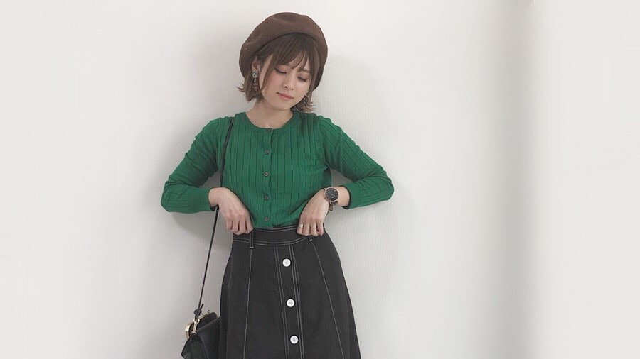 春コーデを格上げする、オトナ女子のためのベレー帽活用法