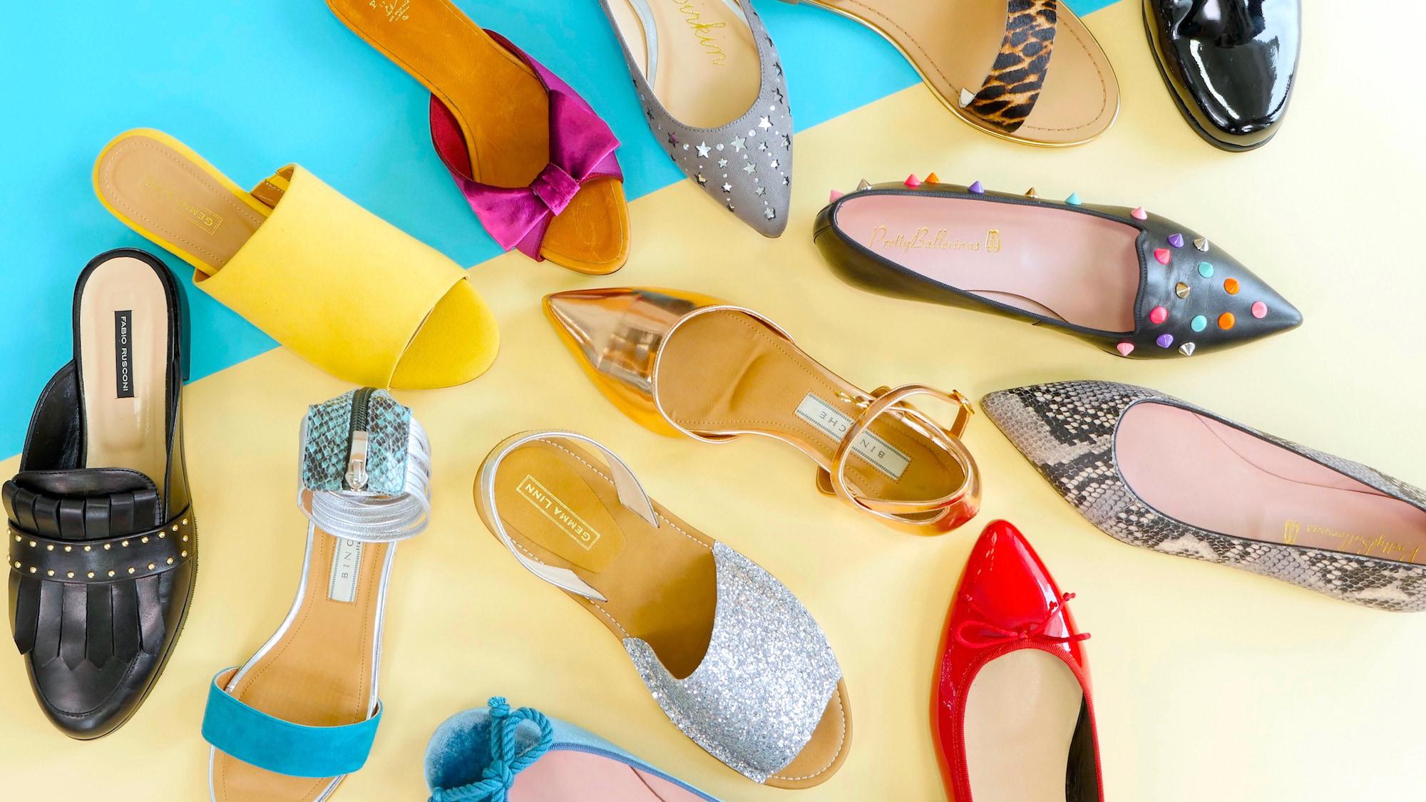 オシャレと快適さ両方を叶えたいあなたへ、夏の足元を飾るフラットシューズ特集