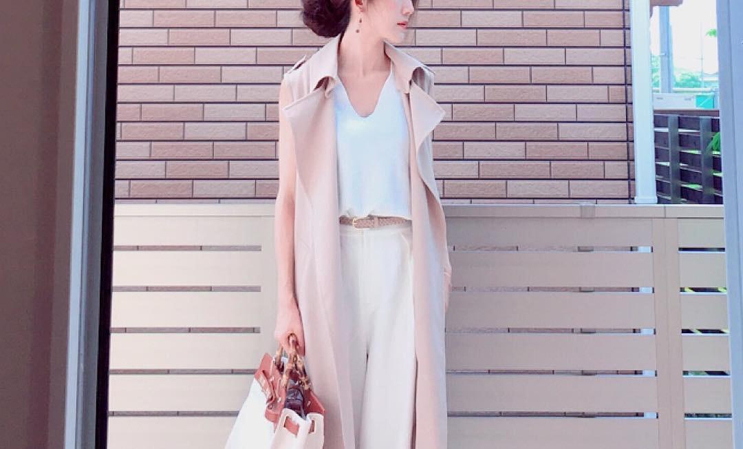 白パンツで着まわし力をぐんとアップ!大人の夏コーデに万能な爽やかスタイリング術