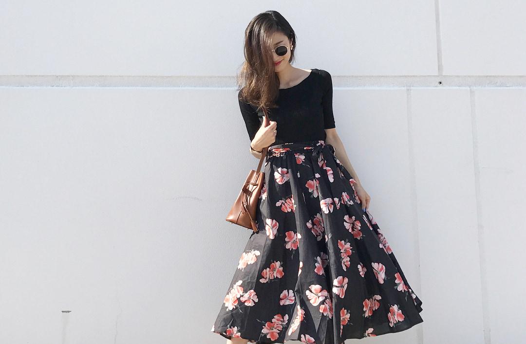 夏のスタイルアップに万能!ボリュームスカートで叶える爽やか着やせコーデ