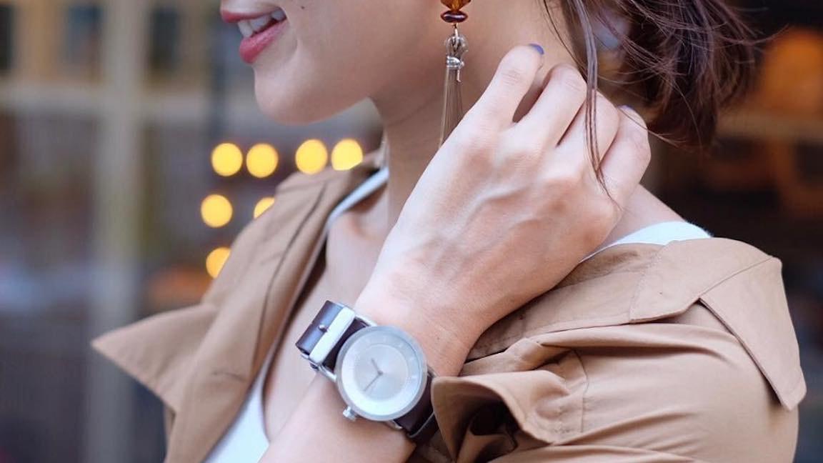 腕時計をサラッと魅力的にコーデ!女っぷりを上げる使い方