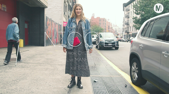ニューヨーカーの大きめGジャンの可愛い着こなし方!In New York