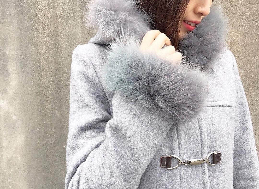 寒い冬の大定番!ダッフルコートの可愛さは冬の女の子の強い味方!