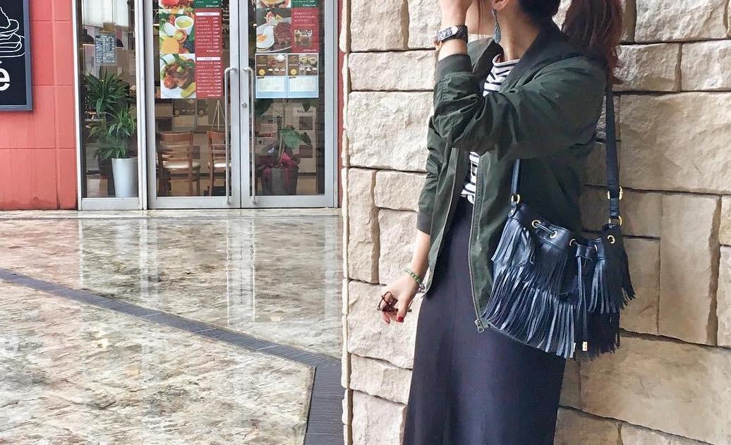 カジュアルなのに着やすい!スウェットスカートで彩るイチオシコーデ術