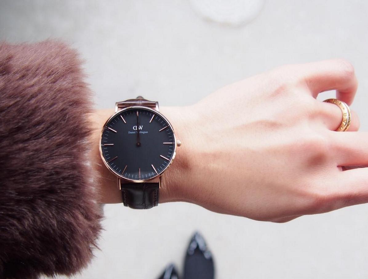 プレッピーなダニエル・ウェリントンの腕時計をおしゃれに身に着けよう!