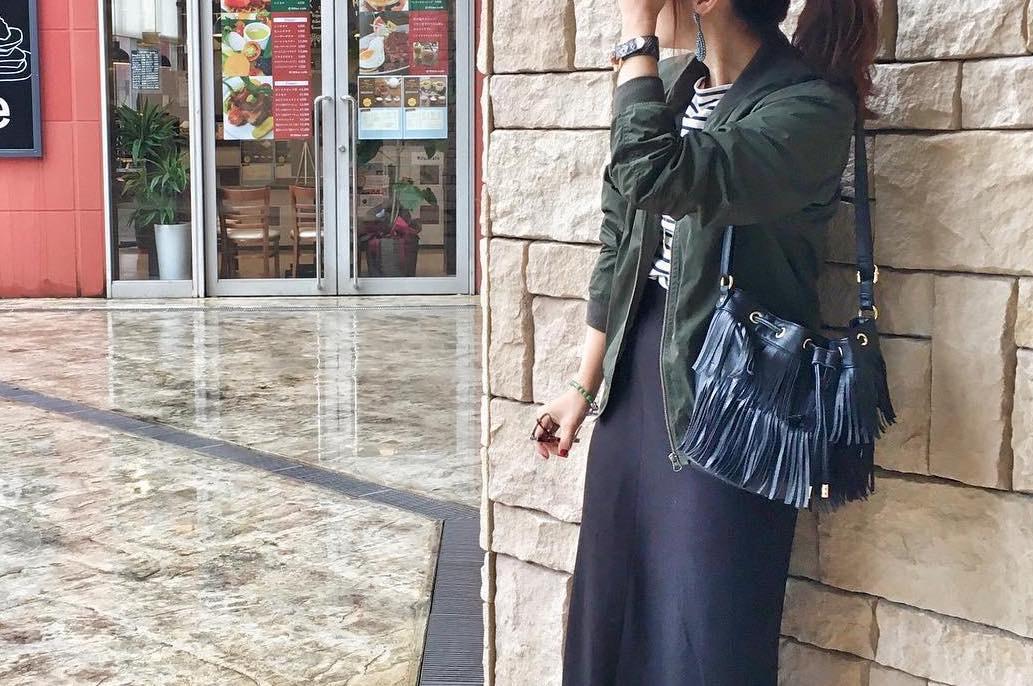 """""""ペンシルスカート""""でさり気なくセクシーに魅せるコーディネート集"""