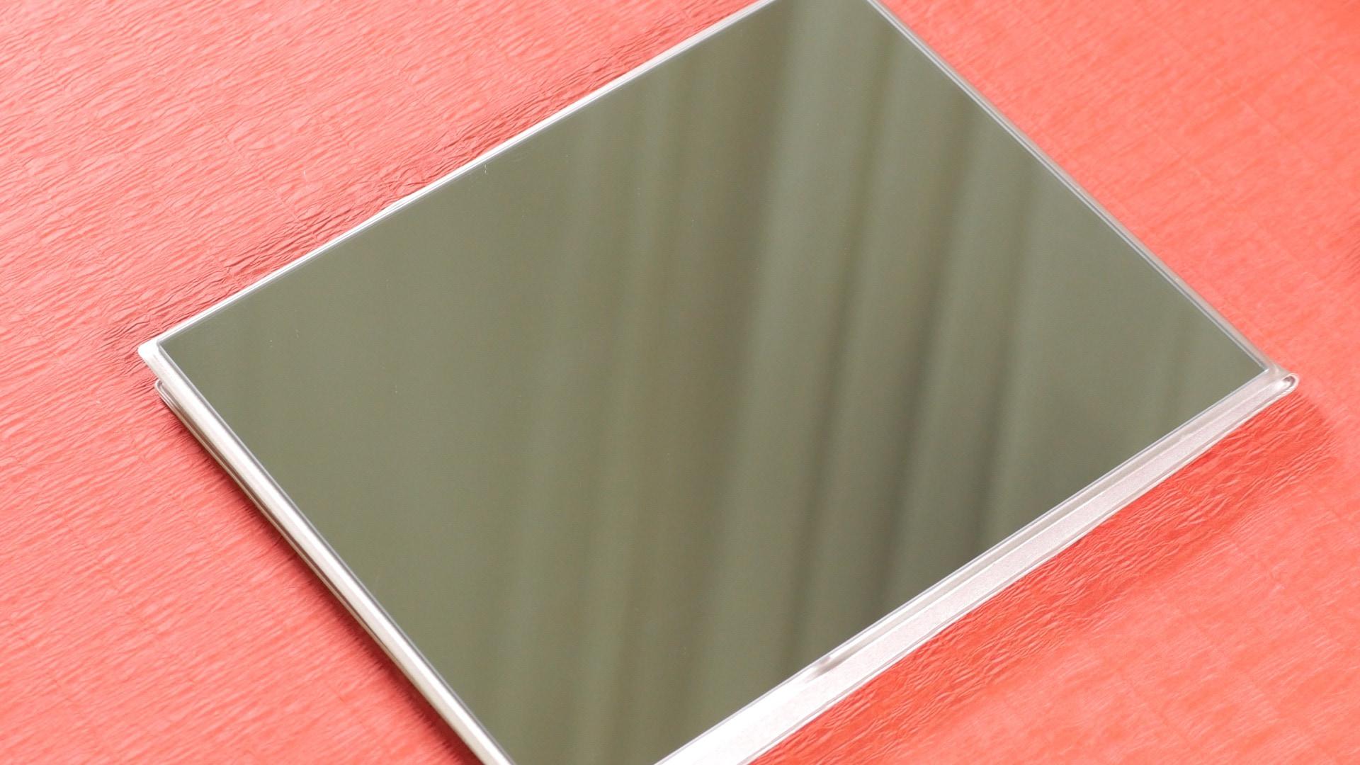 【DIY】メイクアップミラーの汚れの取り方・防止法