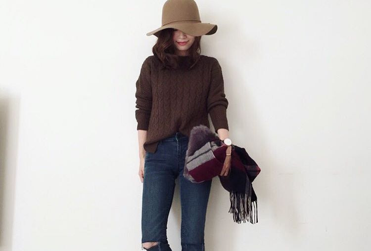 寒い季節の定番アイテム、セーターを大人可愛く着こなそう!トレンドを取り入れた旬なセーターコーデ集