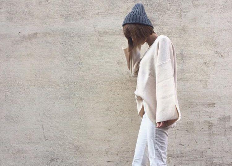 春ファッションに大活躍の白ニット!マンネリしないコーデ術教えます