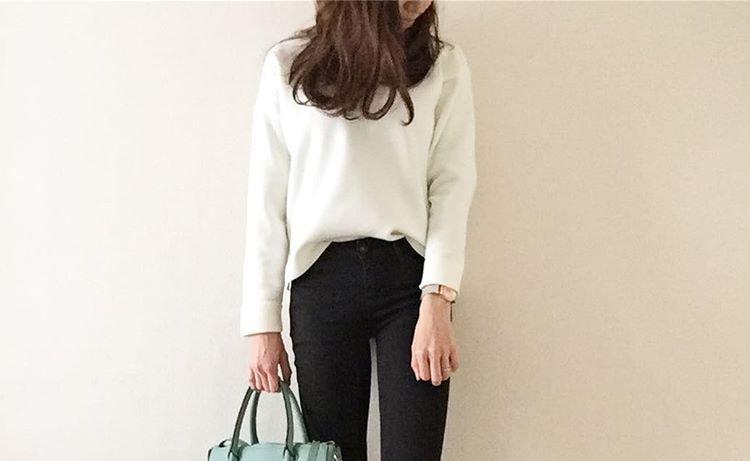 黒スキニーパンツでキメる春のスタイル。シンプルにかっこよく着こなそう