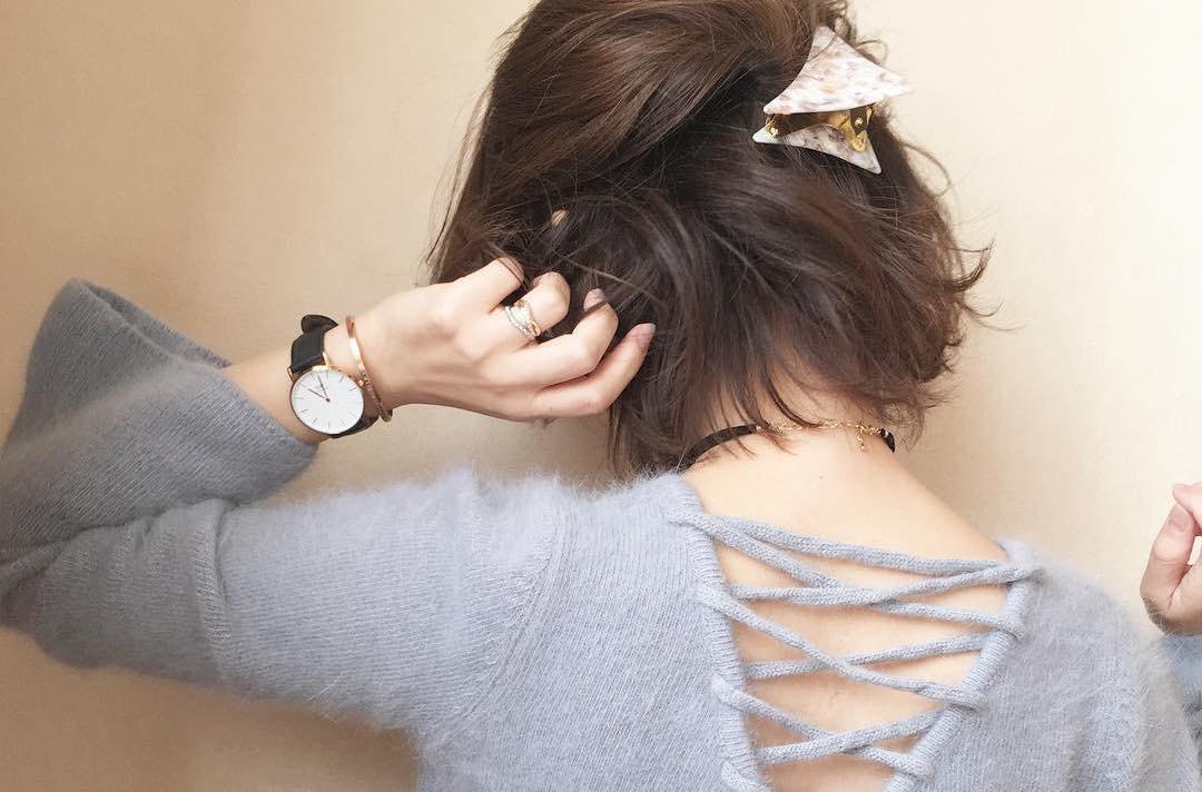 簡単にこなれた印象に!春のヘアアレンジを格上げするヘアアクセサリー集