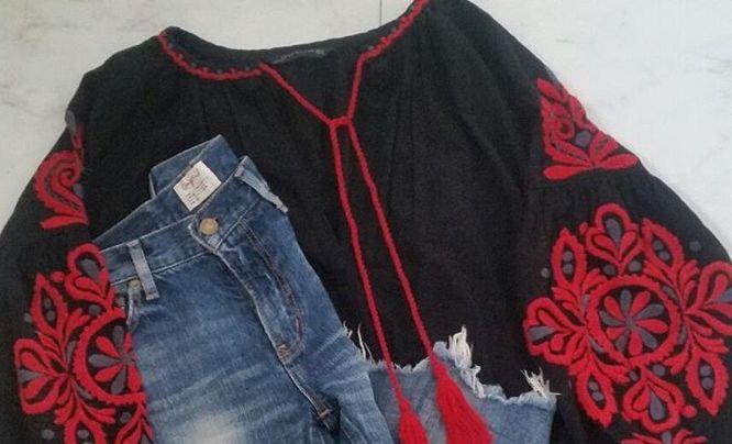 エスニックコーデは刺繍アイテムがポイント!華やかアイテムで叶える個性派スタイル
