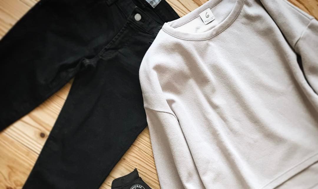 今年の春はどれを履く?シルエット別のオシャレコーデから自分らしい黒パンツを見つけよう!