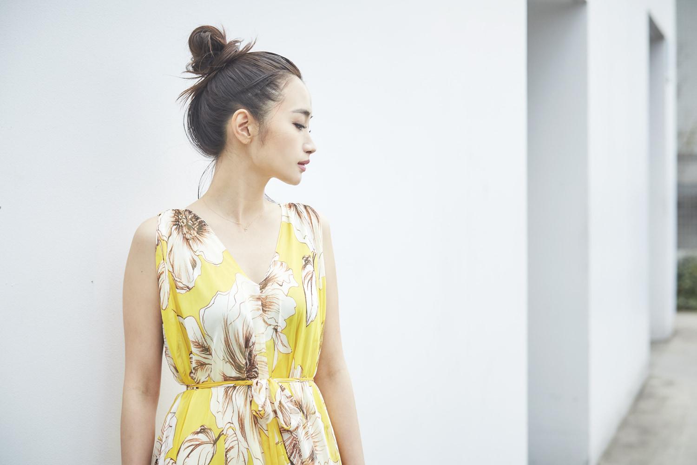 今年の春夏は、大胆な柄ドレスを1枚/miimaさんの7days coordinate ♯Day7